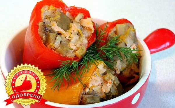 Фаршированный перец с овощами