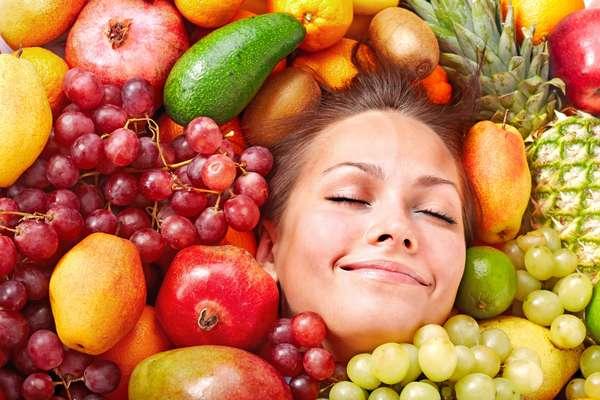 Загорать можно при помощи овощей и фруктов
