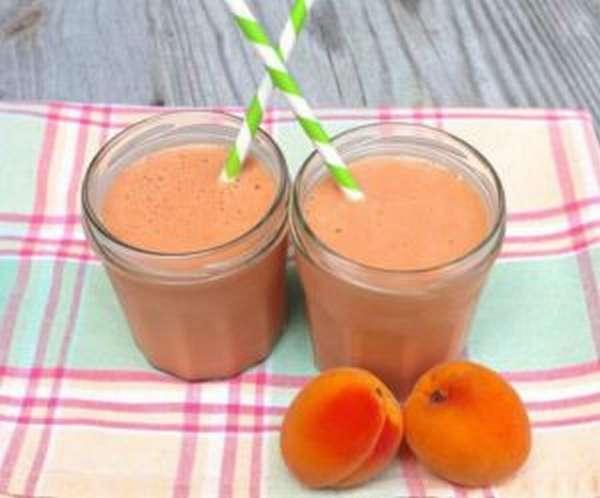 Молочно-абрикосовый коктейль