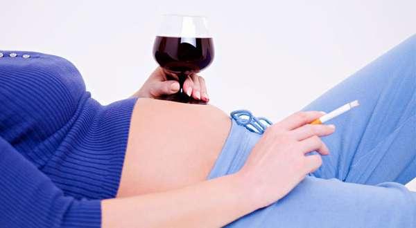 Что можно и что нельзя делать на первых сроках беременности