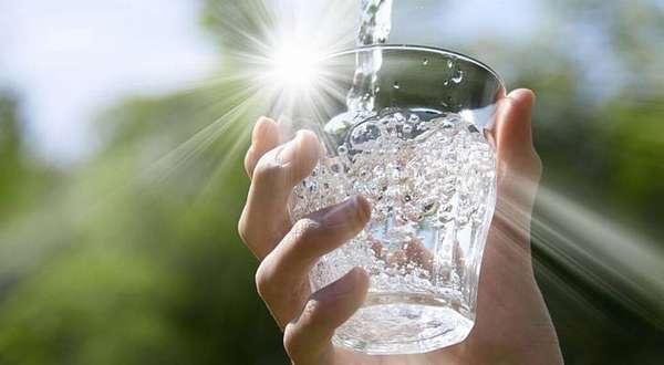 10-дневная антицеллюлитная диета. Сколько пить воды