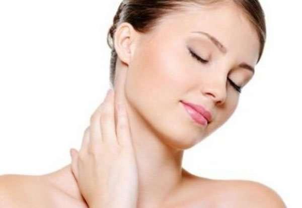 Гимнастика помогает растянуть мышцы шеи и улучшить кровоток