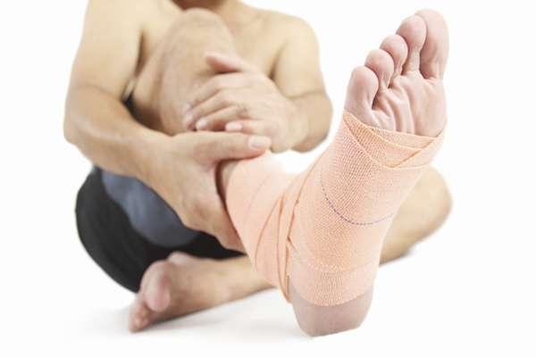 Растяжение или разрыв: определяем характер травмы
