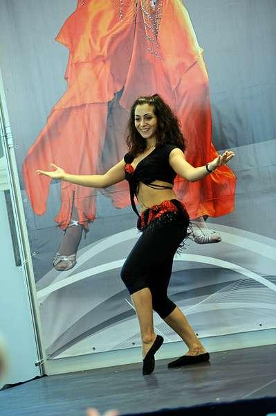 Как научиться танцевать, будто на бразильском карнавале?