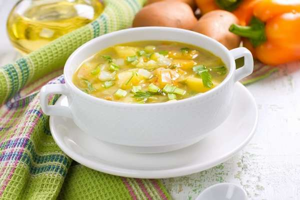Суп с капустой и перцем Фото