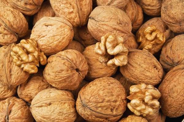 Грецкий орех от всех болезней
