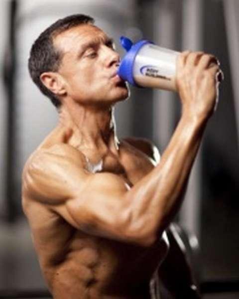 принимать протеин