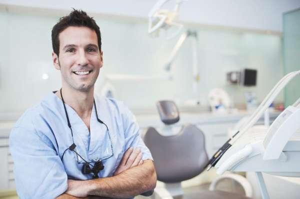 Здоровые зубы и красивая улыбка: советы стоматолога
