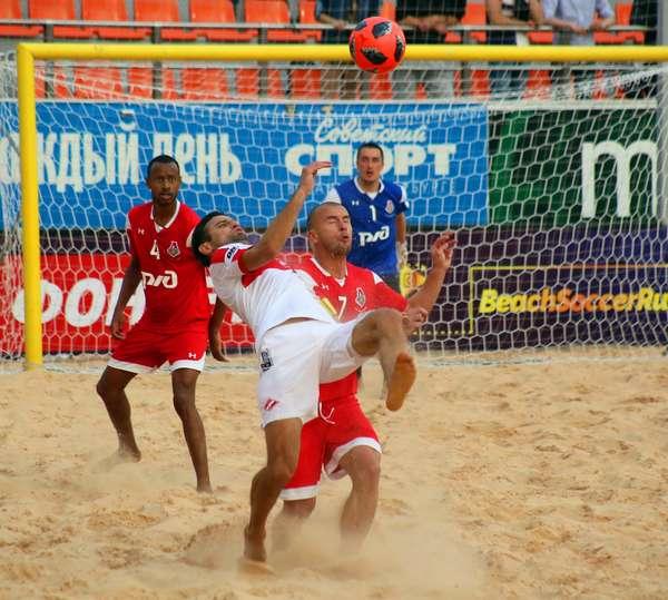 Пляжный футбол завоёвывает планету