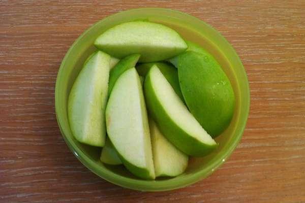 Можно ли есть яблоки на ночь