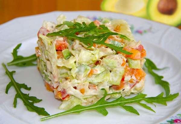 Фото: Салат с авокадо