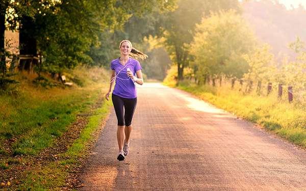 Утреннний бег поможет вам сбросить лишний вес и зарядиться хорошим настроением