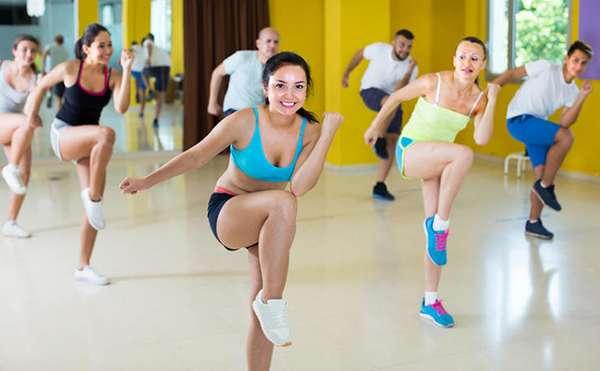 Танцы поднимают настроение и заряжают энергией
