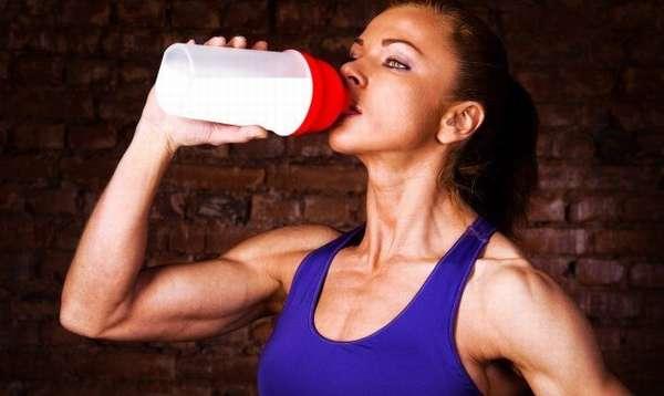 Эффективность казеинового протеина при наборе мышечной массы