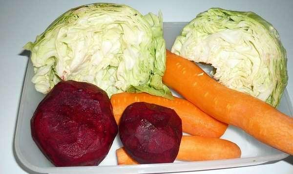 Овощи для классического салата щетка
