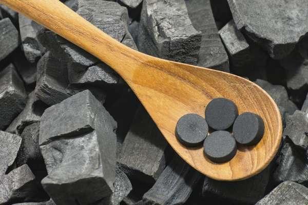Безопасное похудение с активированным углем: воздействие угля на организм