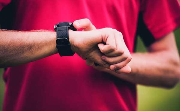 Во время кардио тренировки измеряйте частоту пульса