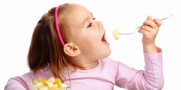 Каким должно быть правильное питание для детей - девочка