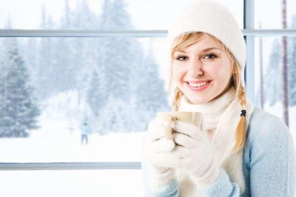 Зимняя диета для похудения Девушка с кофе
