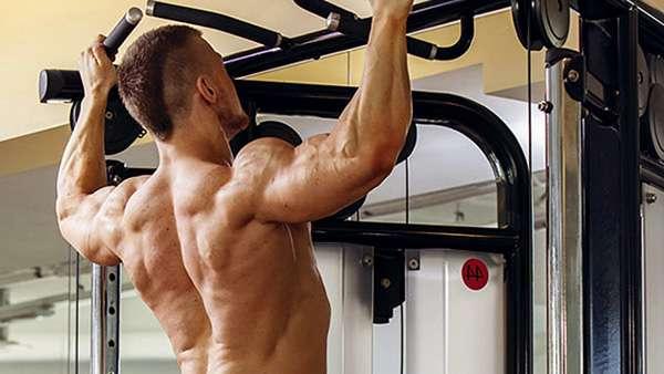 Подтягивание для мышц спины