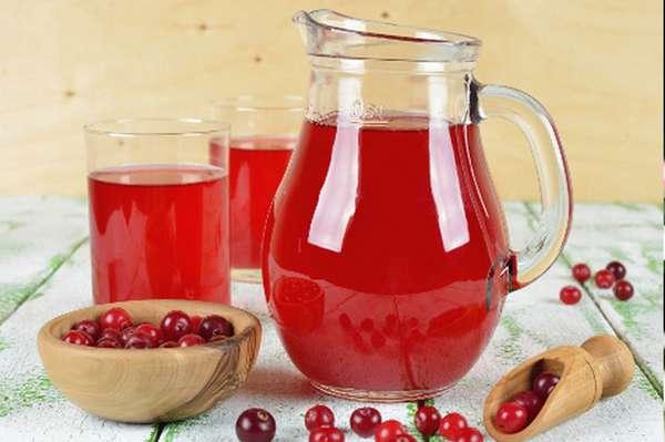 Фото: Брусничный напиток с медом