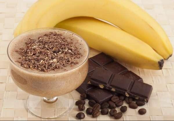 Горячий напиток с бананом Фото