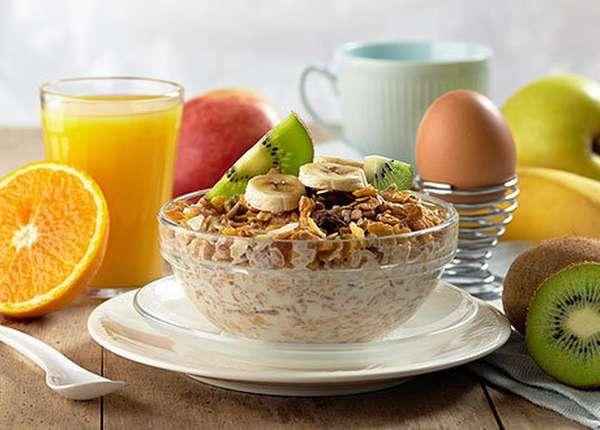 Продукты для правильного завтрака Фото