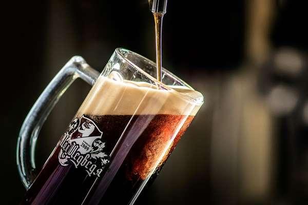 Тёмное пиво снижает уровень холестерина