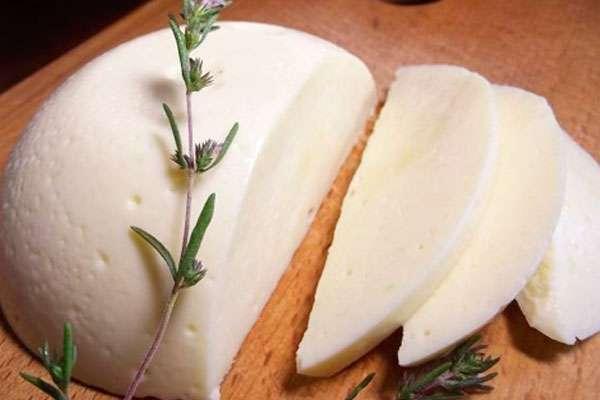 Кисломолочная диета (моцарелла, адыгейский, творог, телятина)