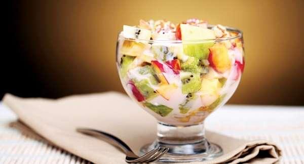 Йогурт с фруктовыми добавками