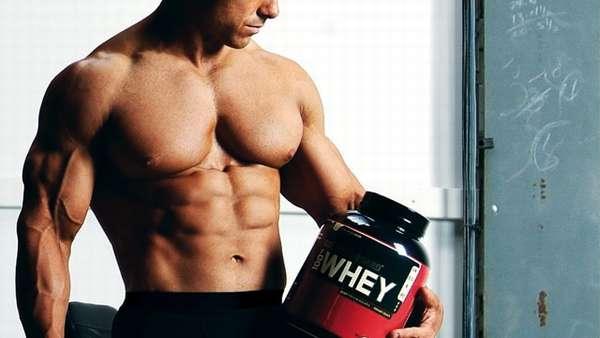 пить протеин для набора мышечной