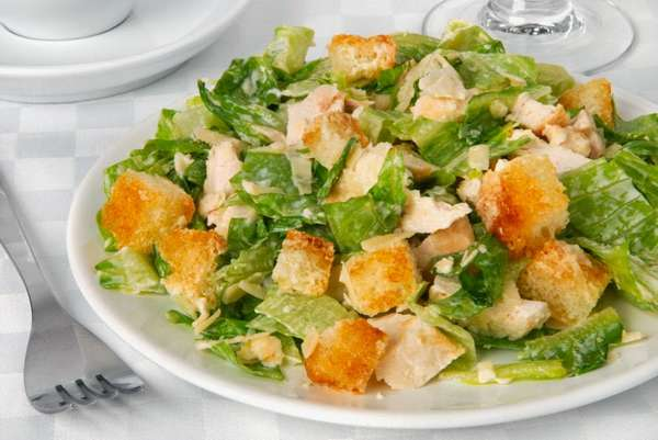 Диетический салат Цезарь Фото