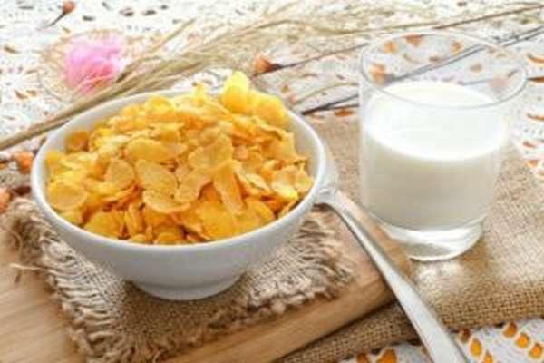 Кукурузные хлопья – польза и вред при похудении
