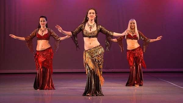 Танец живота готовит женщину к материнству