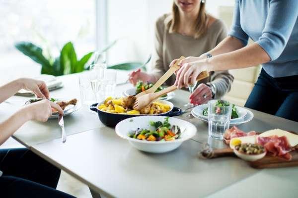 Основные и дополнительные приемы пищи. Фото