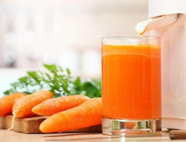 Соковыжималка и морковь