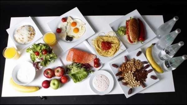 Завтрак, обед, ужин: учимся сокращать количество калорий