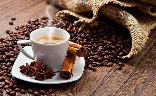 Корица с кофе