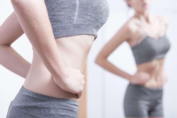 Похудевшая после бессолевого рациона