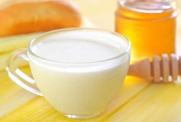 Молоко с медом Фото