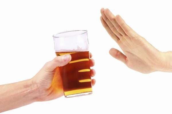 9 причин меньше пить пиво