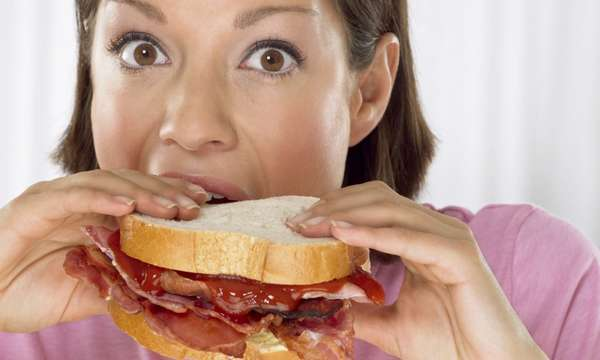 Фото: Неправильное пищевое поведение
