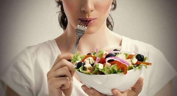 Полезные советы по приготовления овощных салатов Фото